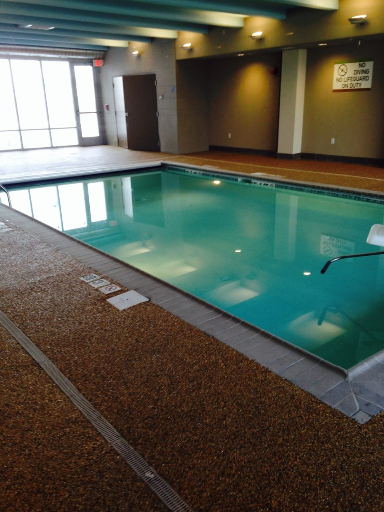 2197320b-0d6a-4391-bc1c-743a90493ff0Indoor Pool
